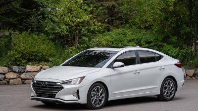 Hyundai Elantra makyajlandı