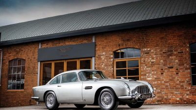 James Bond'un Aston Martin DB5'ine astronomik fiyat