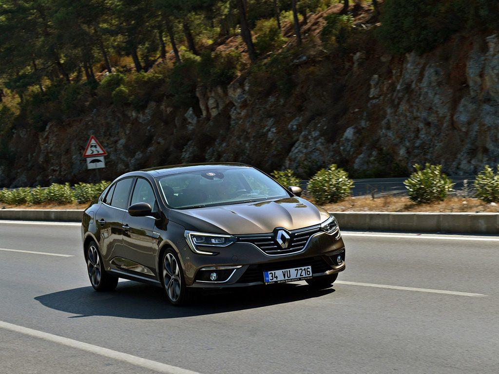 Bu görsel boş bir alt niteliğe sahip; dosya adı 1570195878_Renault_Megane_Sedan_2-1024x768.jpeg