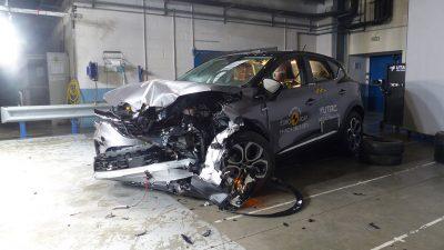 Yeni Renault Captur EuroNcap'den 5 yıldız aldı