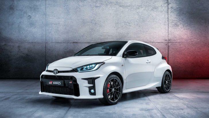 Yeni Toyota GR Yaris Ralli parkuruna çıktı
