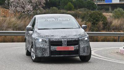 Yeni Dacia Logan kamuflajlı yakalandı