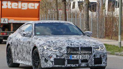 BMW M4 Coupe manuel şanzıman ile geliyor