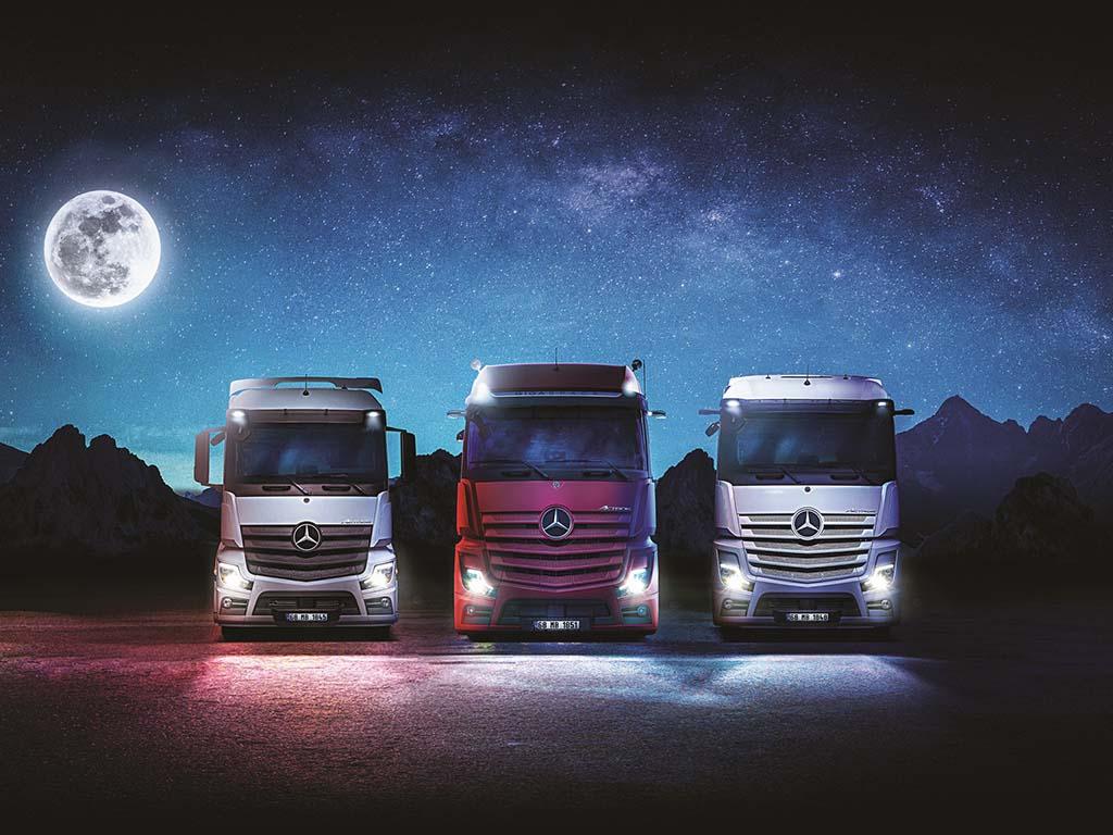 Bu görsel boş bir alt niteliğe sahip; dosya adı Mercedes-Benz-Yeni-Actros-cekici-Ailesi.jpg