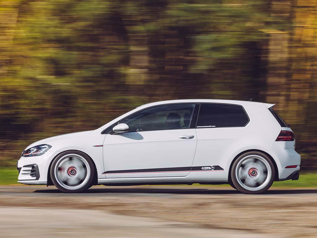 Bu görsel boş bir alt niteliğe sahip; dosya adı VW-GOLF-GTI-Mountune52-08.jpg