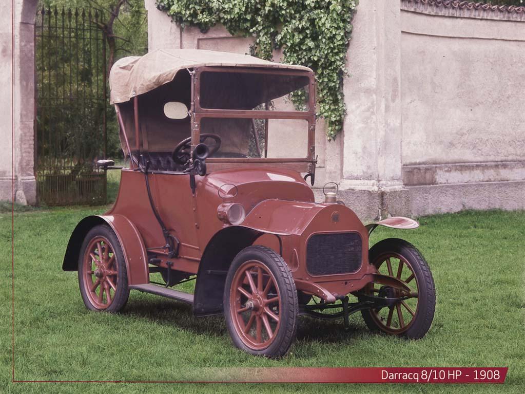 Bu görsel boş bir alt niteliğe sahip; dosya adı Darracq-8_10HP-1908.jpg