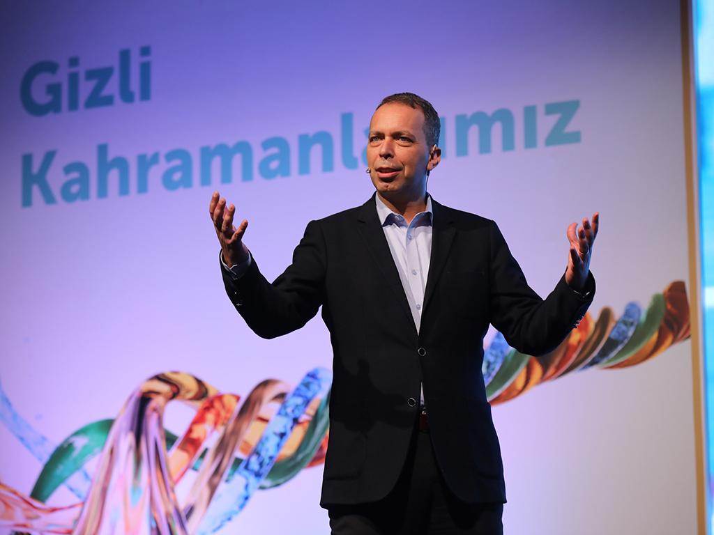 Bu görsel boş bir alt niteliğe sahip; dosya adı Petronas-Türkiye-Genel-Müdürü-Burak-Işildak.jpg