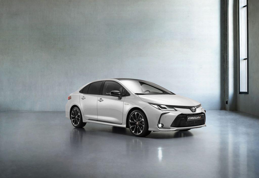 Bu görsel boş bir alt niteliğe sahip; dosya adı Toyota-Corolla-Yeni-GR-Sport-1-1024x704.jpg