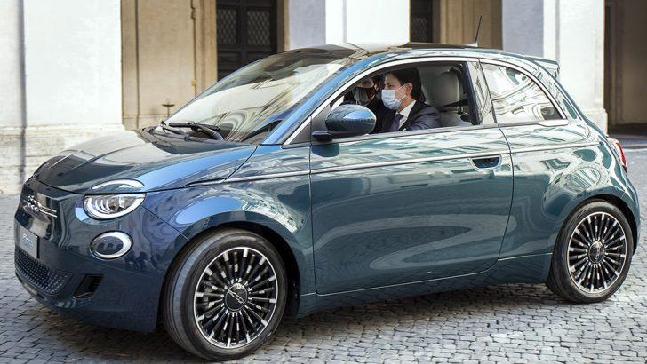 Tamamen yeni Fiat 500 İtalya'nın zirvesinde görücüye çıktı!