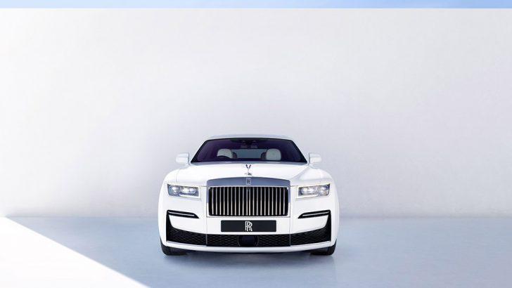 Rolls Royce yeni nesil Ghost modelini tanıttı
