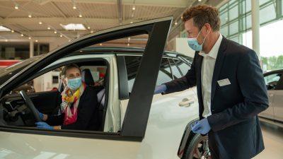 Toyota üst düzey hijyen ile müşterilerini ağırlıyor