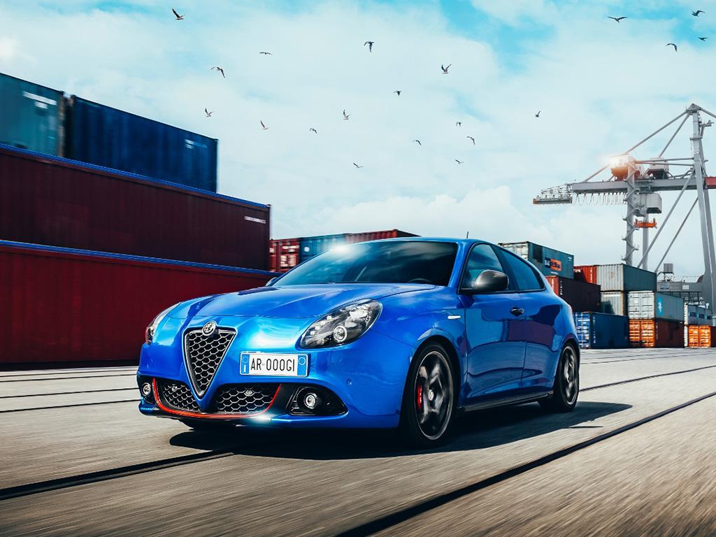 Bu görsel boş bir alt niteliğe sahip; dosya adı Alfa-Romeo-Giulietta-2.jpg
