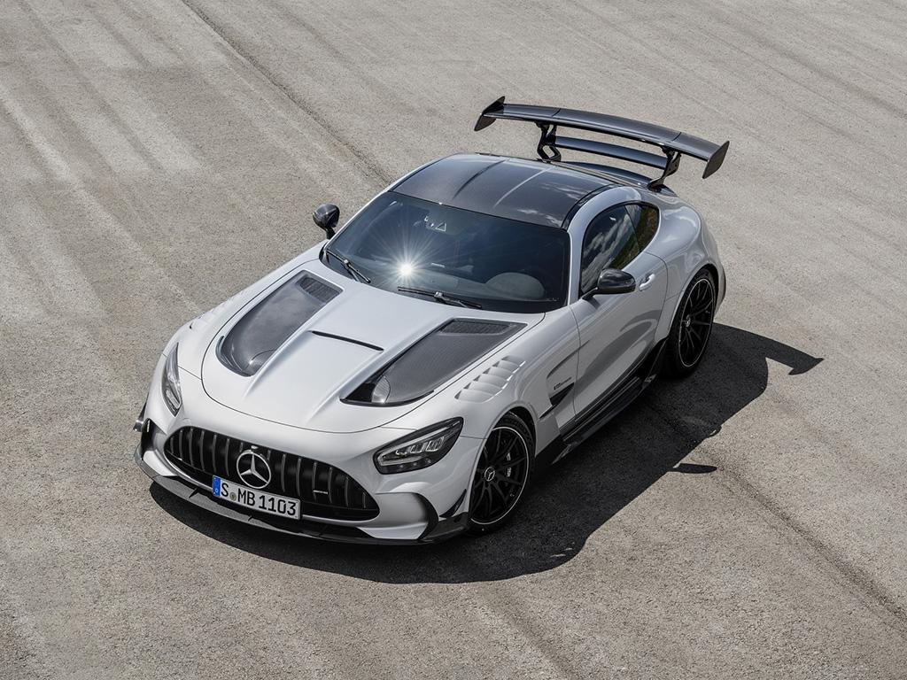 Bu görsel boş bir alt niteliğe sahip; dosya adı Mercedes-AMG-GT-Black-Series-3.jpg