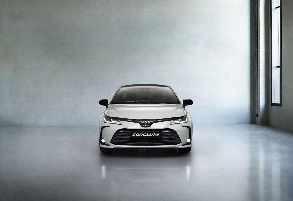 Bu görsel boş bir alt niteliğe sahip; dosya adı Toyota-Corolla-Yeni-GR-Sport-3-1024x705.jpg