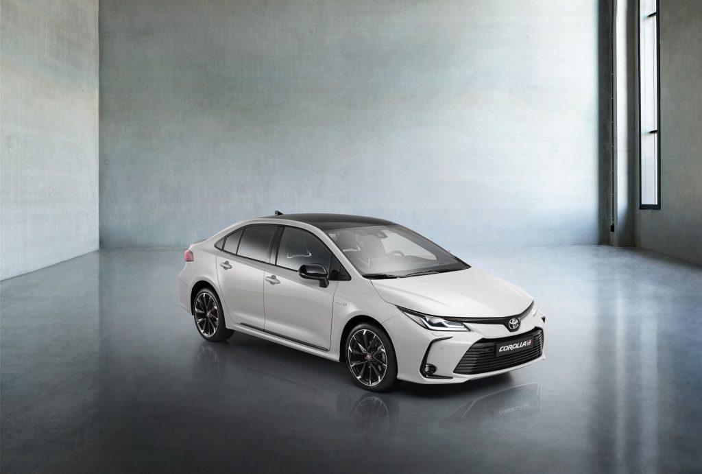 Bu görsel boş bir alt niteliğe sahip; dosya adı Toyota-Corolla-Yeni-GR-Sport-6-1024x691.jpg