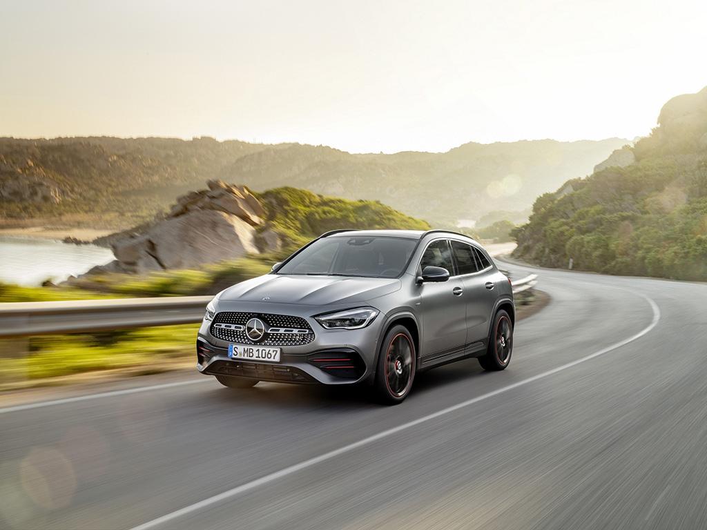 Bu görsel boş bir alt niteliğe sahip; dosya adı Yeni-Mercedes-Benz-GLA-1.jpg