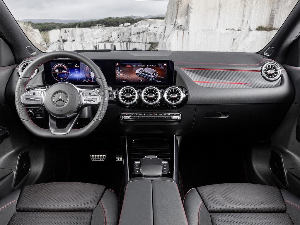 Bu görsel boş bir alt niteliğe sahip; dosya adı Yeni-Mercedes-Benz-GLA-4.jpg