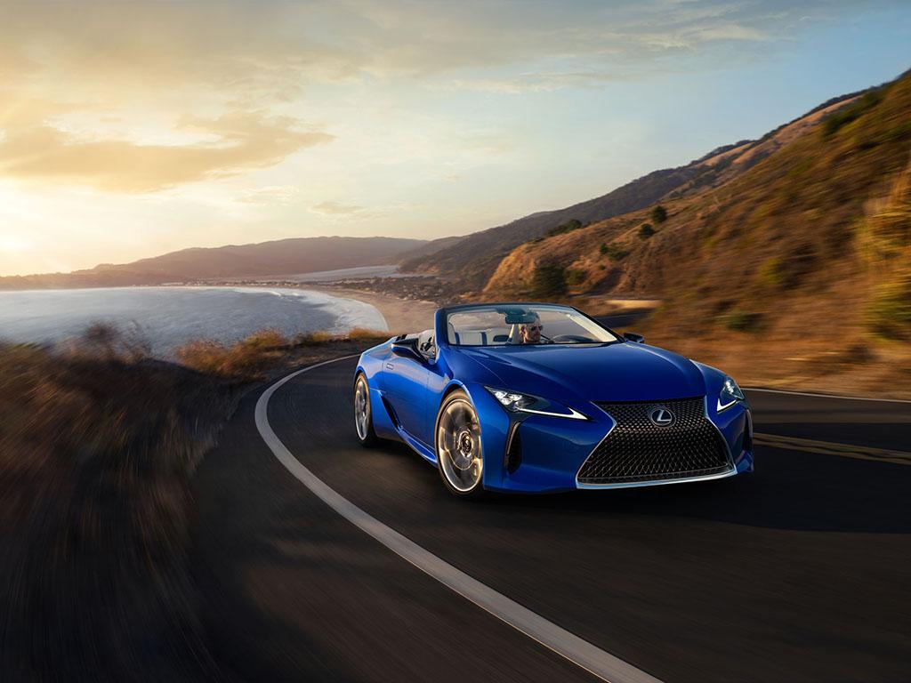 Bu görsel boş bir alt niteliğe sahip; dosya adı Lexus-LC-500-Convertible.jpg
