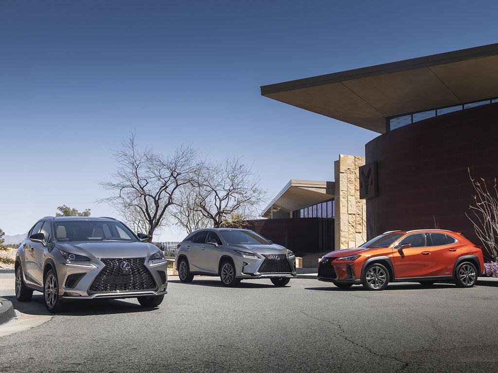 Bu görsel boş bir alt niteliğe sahip; dosya adı Lexus-RX-NX-UX.jpg
