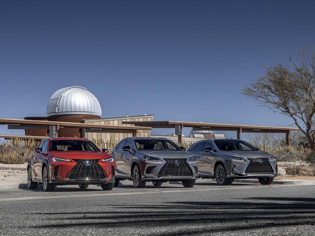 Bu görsel boş bir alt niteliğe sahip; dosya adı Lexus-RX-NX-UX2.jpg