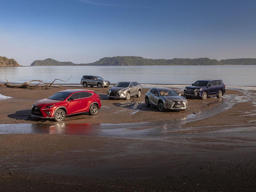 Bu görsel boş bir alt niteliğe sahip; dosya adı Lexus-SUVlar.jpg