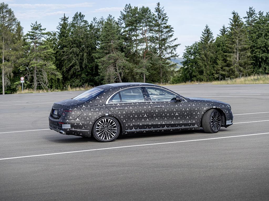 Bu görsel boş bir alt niteliğe sahip; dosya adı Mercedes-Benz-S-Serisi-5.jpg