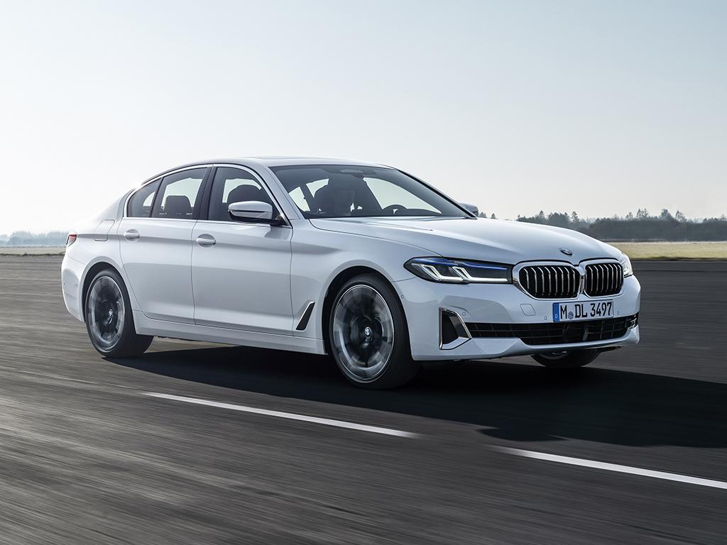 Bu görsel boş bir alt niteliğe sahip; dosya adı Yeni-BMW-5-Serisi-on-Beyaz.jpg