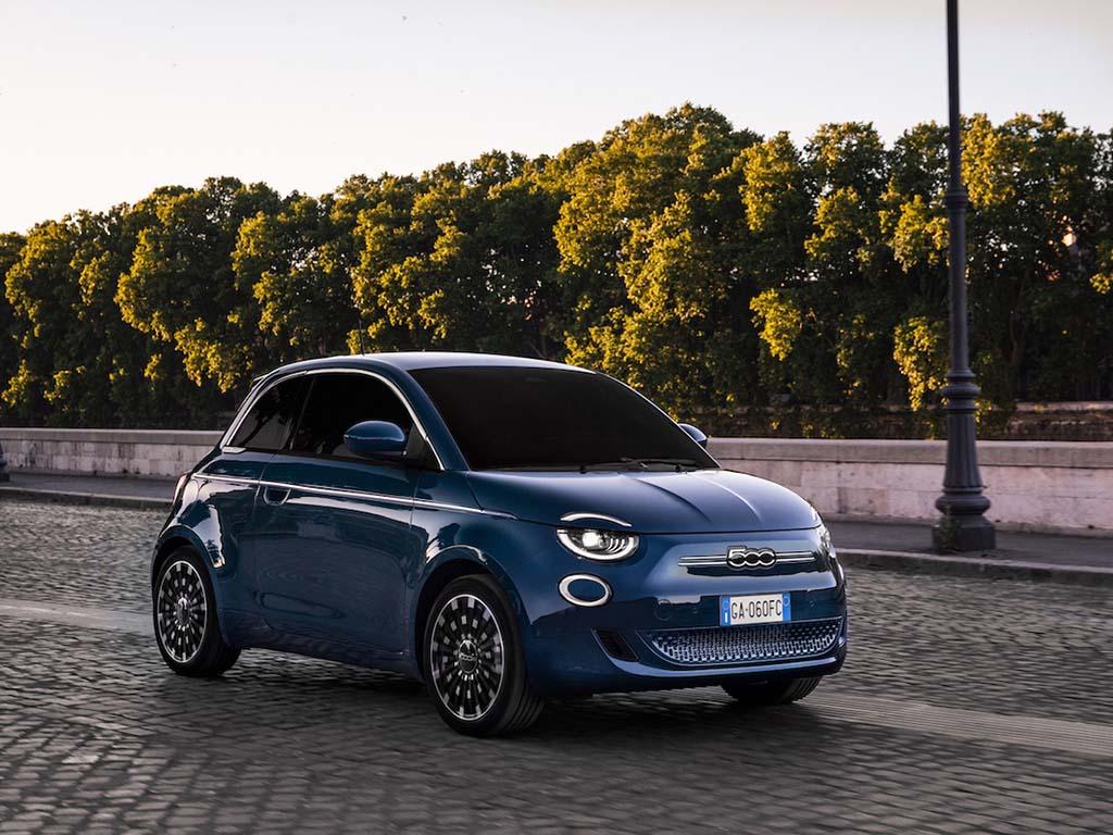 Bu görsel boş bir alt niteliğe sahip; dosya adı Yeni-Fiat-500-1.jpg