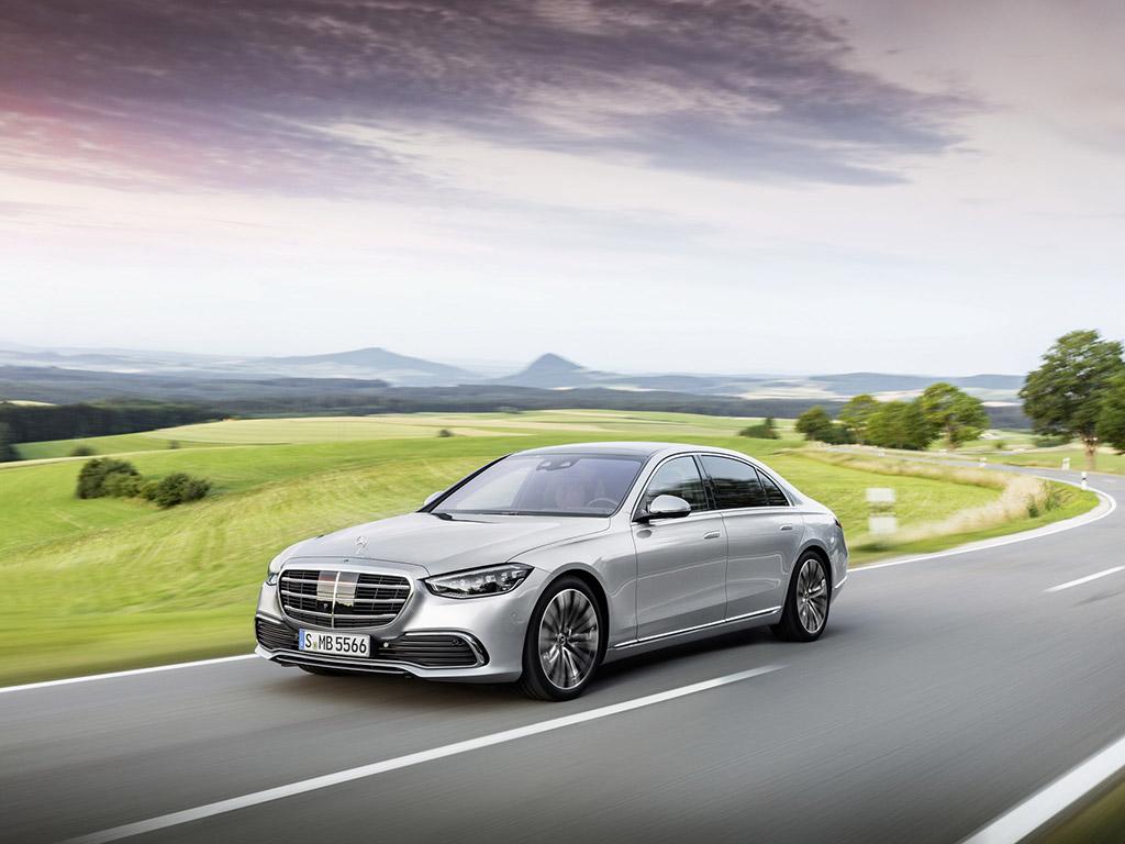 Bu görsel boş bir alt niteliğe sahip; dosya adı 2021-Mercedes-Benz-S-Class-2.jpg