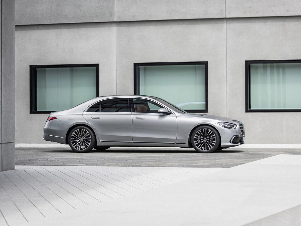 Bu görsel boş bir alt niteliğe sahip; dosya adı 2021-Mercedes-Benz-S-Class-26.jpg