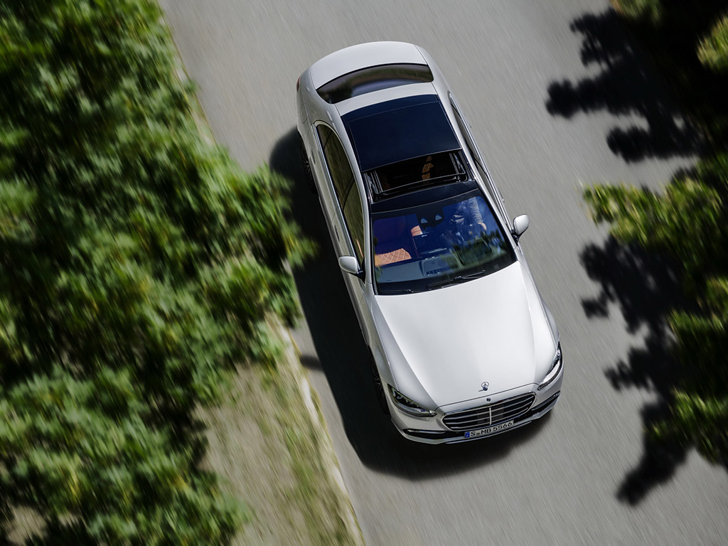 Bu görsel boş bir alt niteliğe sahip; dosya adı 2021-Mercedes-Benz-S-Class-31.jpg