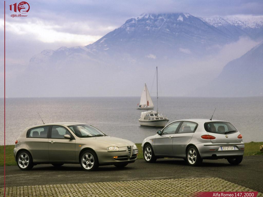 Bu görsel boş bir alt niteliğe sahip; dosya adı Alfa-Romeo-147-2000.jpg