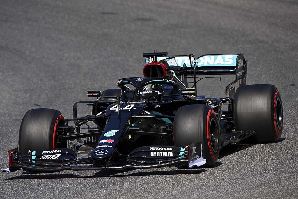Bu görsel boş bir alt niteliğe sahip; dosya adı Formula-1-Tuscani-GPsi-Mercedes-AMG-2.jpg