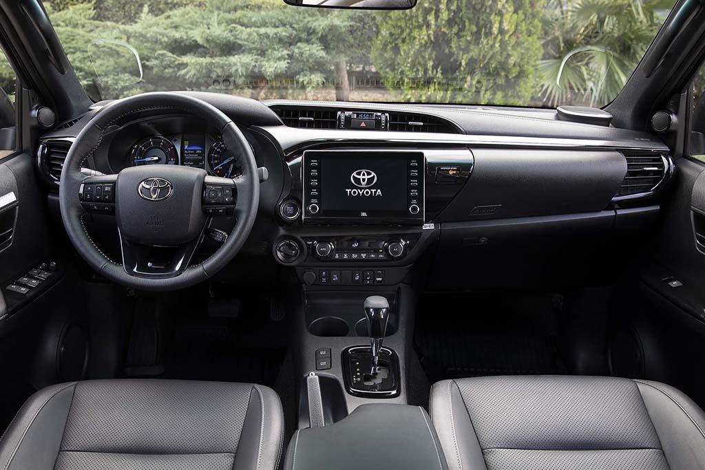 Bu görsel boş bir alt niteliğe sahip; dosya adı Yeni-Toyota-Hilux-5.jpg