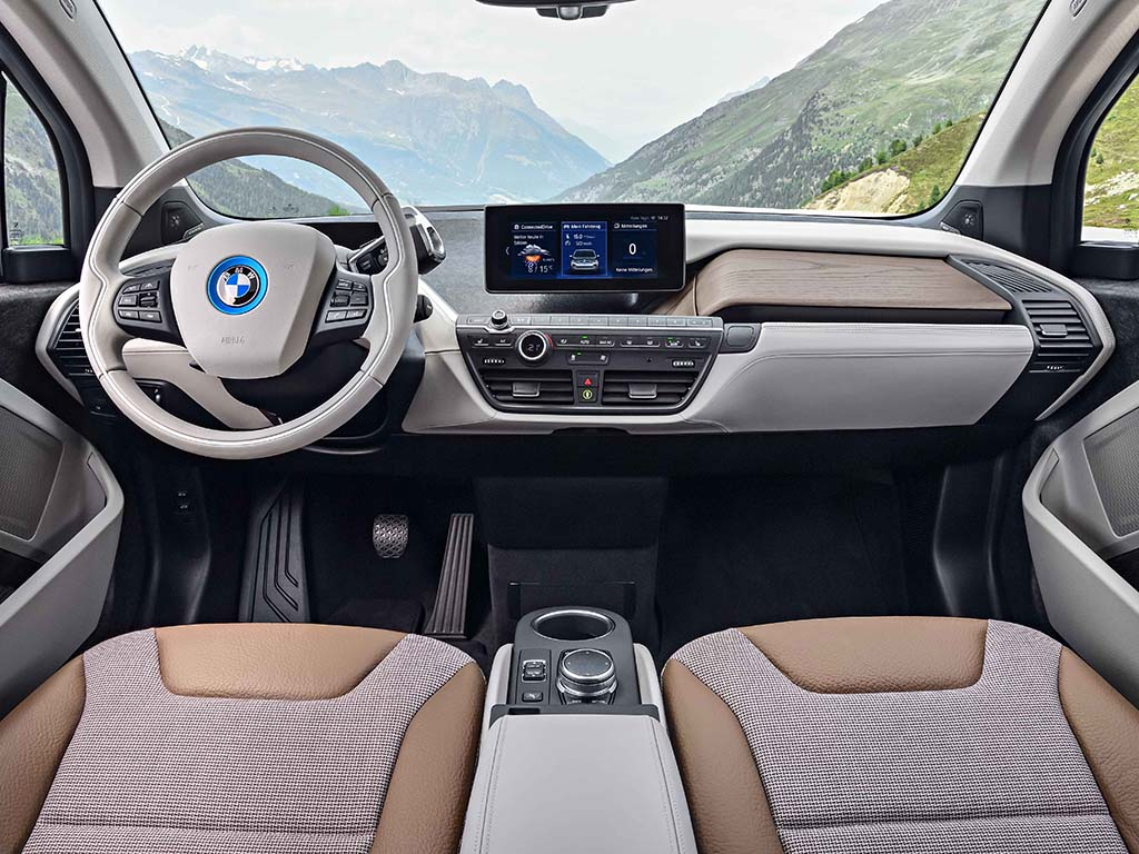 Bu görsel boş bir alt niteliğe sahip; dosya adı BMW-i3-Kabin.jpg