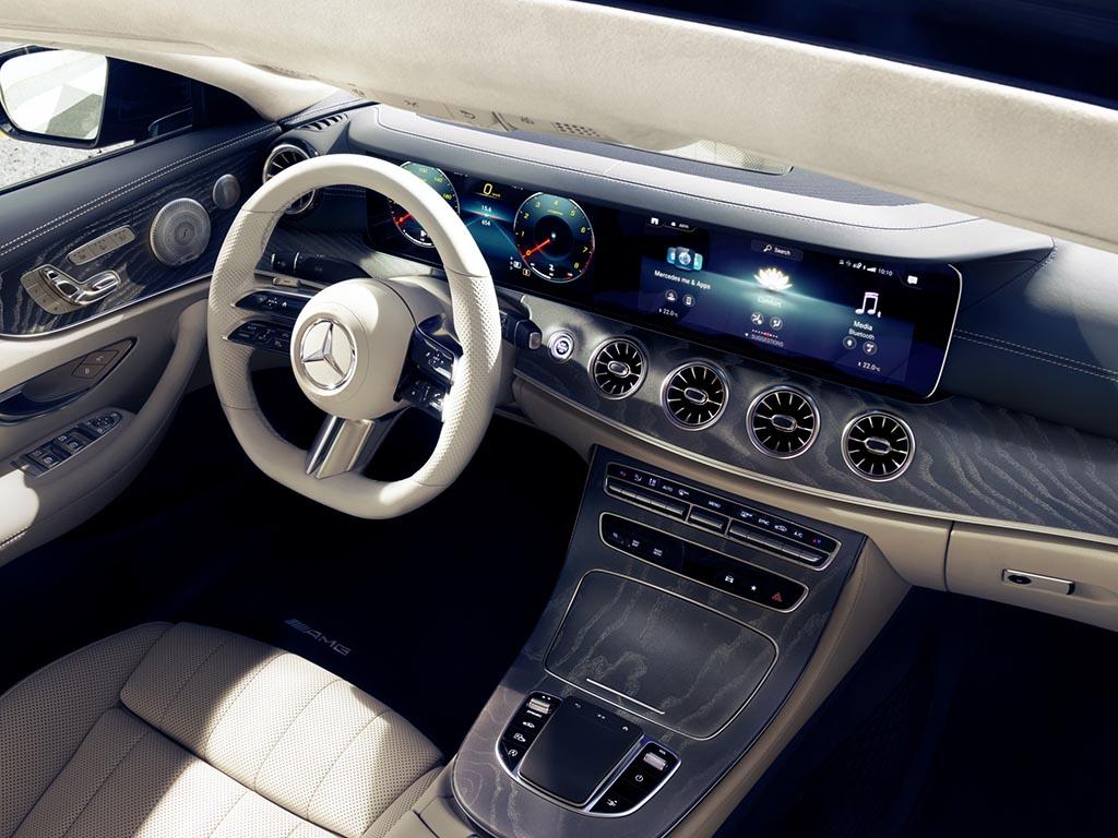 Bu görsel boş bir alt niteliğe sahip; dosya adı Mercedes-Benz-E-Serisi-Coupe-Cabriolet.jpg