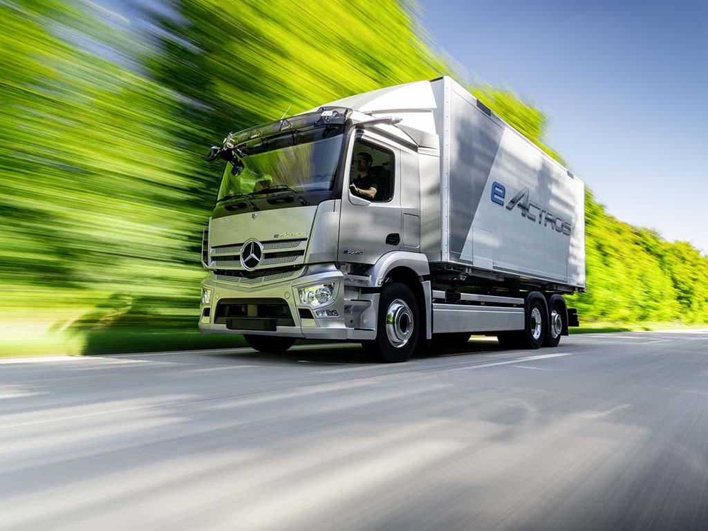 Bu görsel boş bir alt niteliğe sahip; dosya adı Mercedes-Benz-eActros.jpg