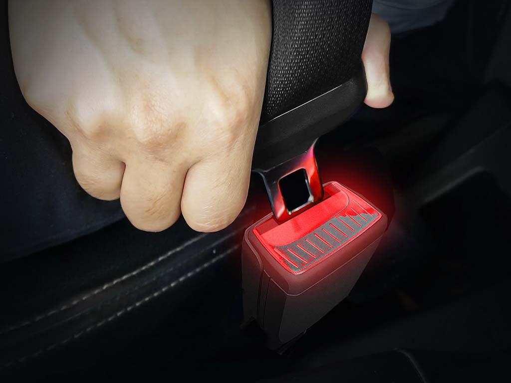 Bu görsel boş bir alt niteliğe sahip; dosya adı skoda-illuminated-seatbelt-buckles-1.jpg