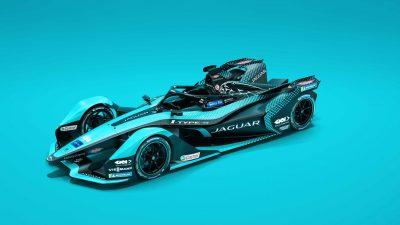Jaguar'ın yeni elektrikli yarış otomobili I-TYPE 5 tanıtıldı