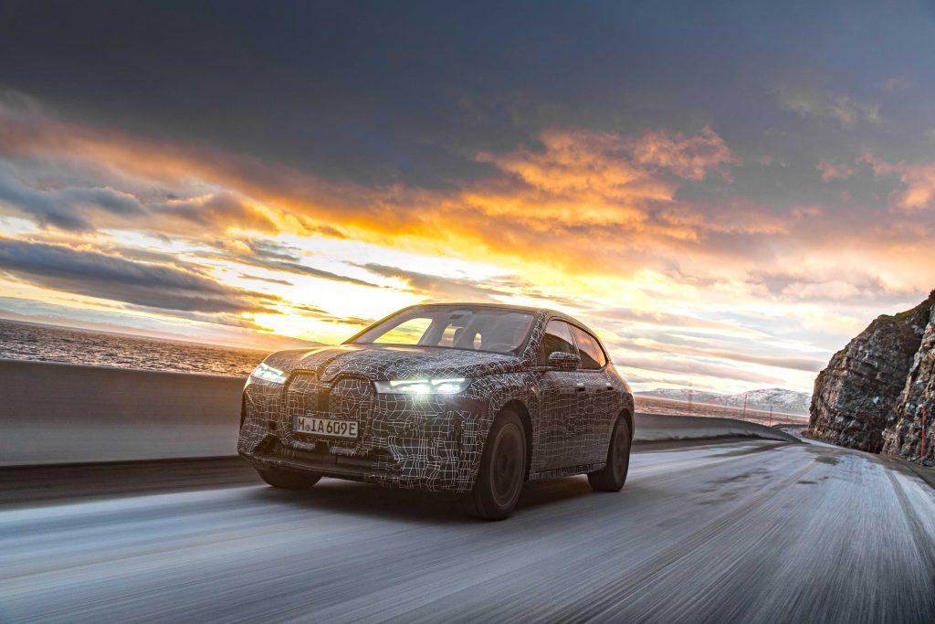 Bu görsel boş bir alt niteliğe sahip; dosya adı BMW-iX-1-1024x683.jpg