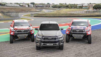 Toyota, 2021 Dakar Rallisi'nde 4 Yeni Hilux ile katılacak