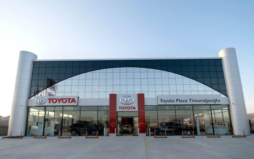 Bu görsel boş bir alt niteliğe sahip; dosya adı Toyota-Plaza-Timuragaoglu-Mardin-1024x643.jpg