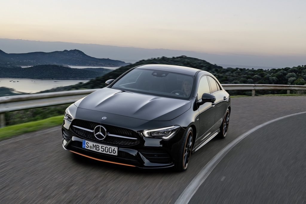 Bu görsel boş bir alt niteliğe sahip; dosya adı Mercedes-Benz-CLA-1024x683.jpg