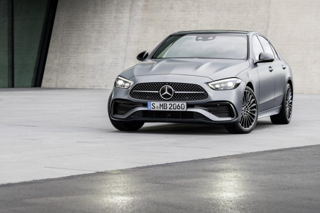 Bu görsel boş bir alt niteliğe sahip; dosya adı 2022-Mercedes-Benz-C-Class-1-1-1024x683.jpg