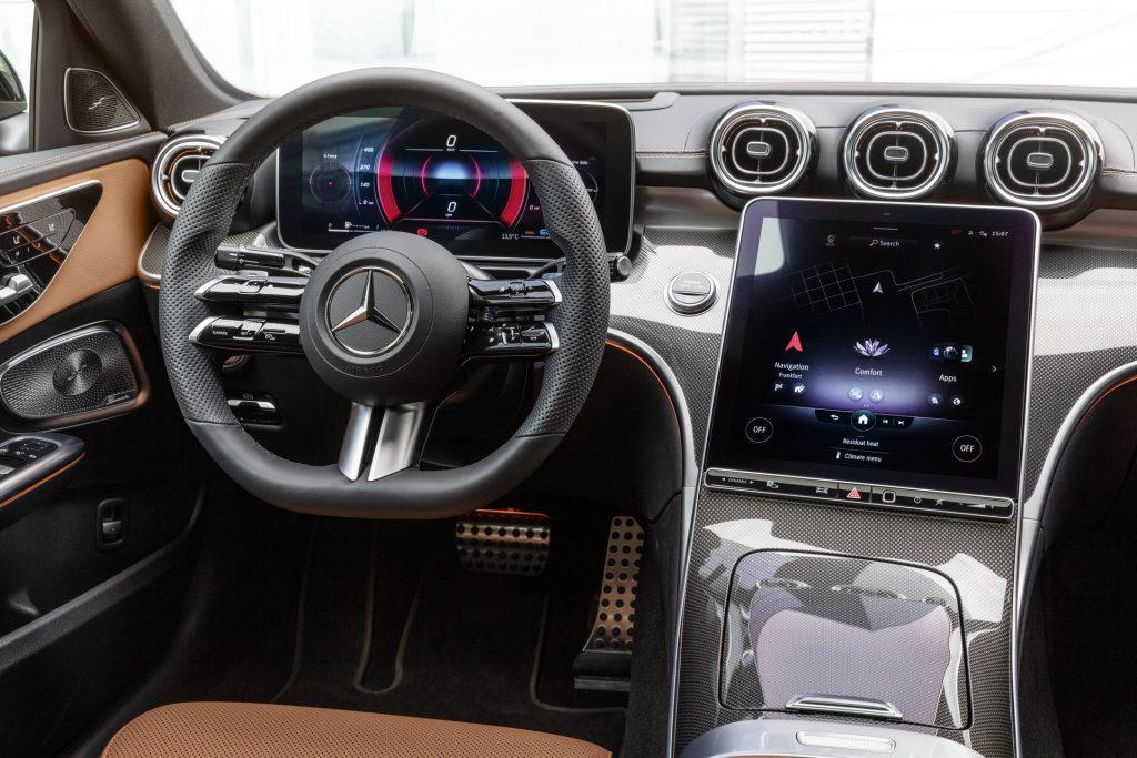 Bu görsel boş bir alt niteliğe sahip; dosya adı 2022-Mercedes-Benz-C-Class-27-1-1024x683.jpg
