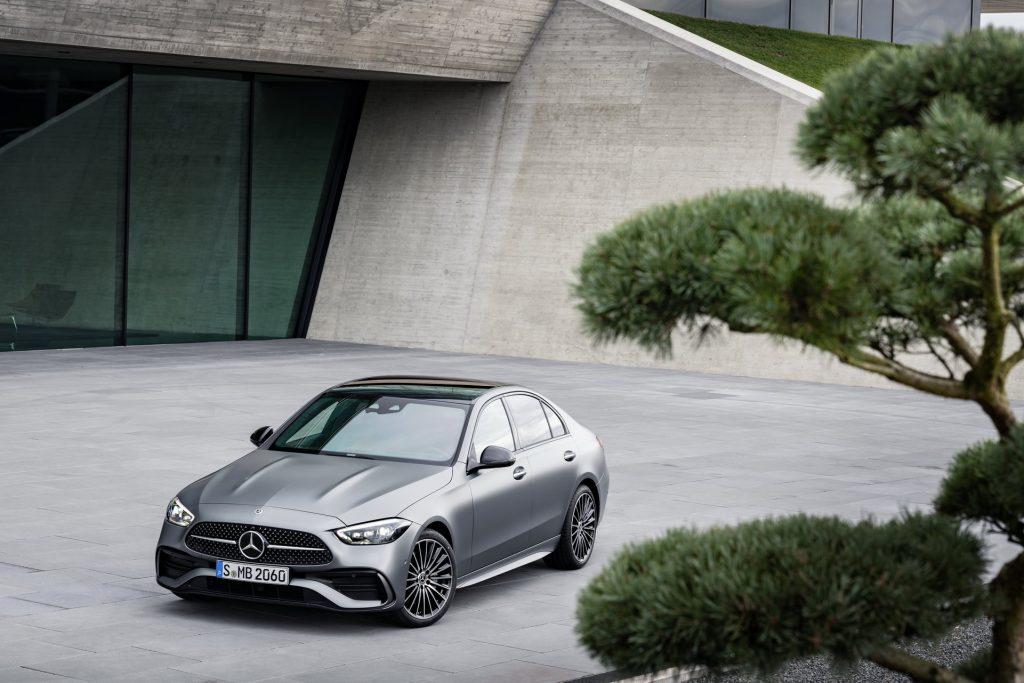 Bu görsel boş bir alt niteliğe sahip; dosya adı 2022-Mercedes-Benz-C-Class-3-1-1024x683.jpg