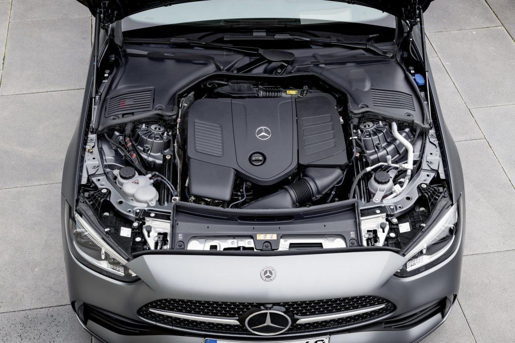 Bu görsel boş bir alt niteliğe sahip; dosya adı 2022-Mercedes-Benz-C-Class-32-1-1024x683.jpg