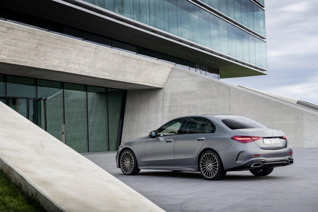 Bu görsel boş bir alt niteliğe sahip; dosya adı 2022-Mercedes-Benz-C-Class-5-1-1024x683.jpg