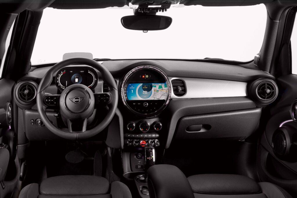 Bu görsel boş bir alt niteliğe sahip; dosya adı Yeni-MINI-Hatchback-Kabin-1024x683.jpg