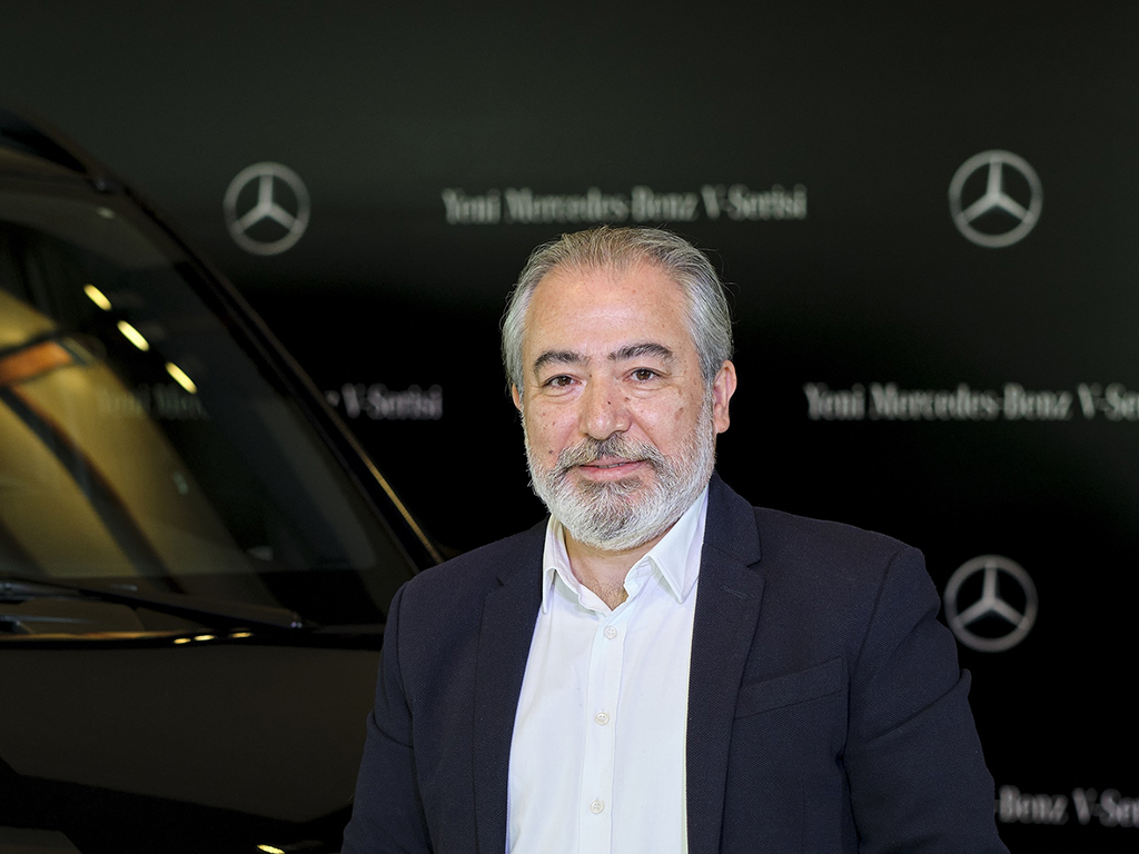 Bu görsel boş bir alt niteliğe sahip; dosya adı Mercedes-Benz-Hafif-Ticari-Araclar-Urun-Grubu-Icra-Kurulu-Uyesi-Tufan-Akdeniz_01.jpg